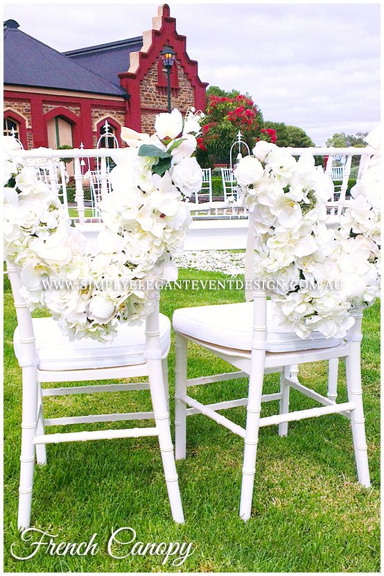 The perfect chairs for your signing table! #simplyelegantweddingsadelaide