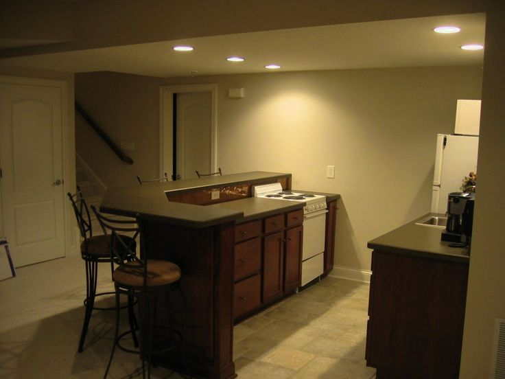 Best 25 small basement apartments ideas on pinterest for Basement kitchen ideas pictures