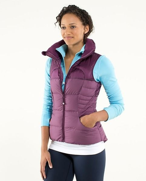 11 Cold Weather Running Gear Pieces You Need To Stay Warm And Active This Fall   Bustle
