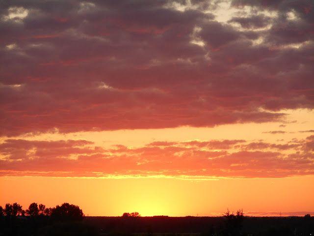Próby, próby, próby: Zdjęcia z okna zachód słońca.