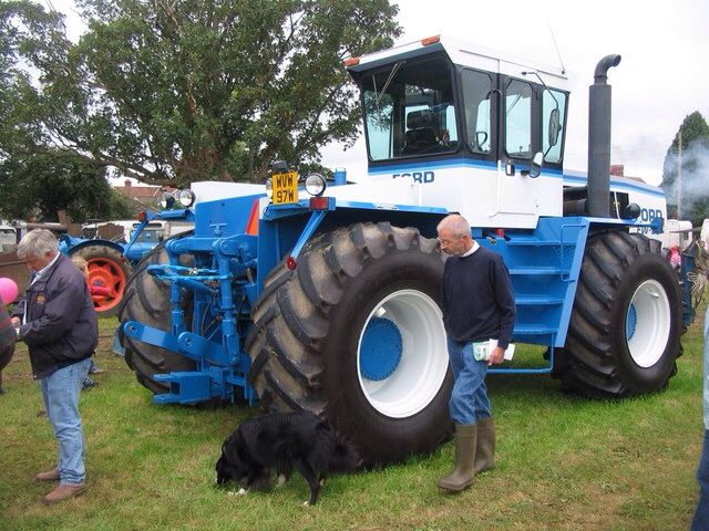 Big Ford Tractors : Ford fw four wheel drive tractors pinterest