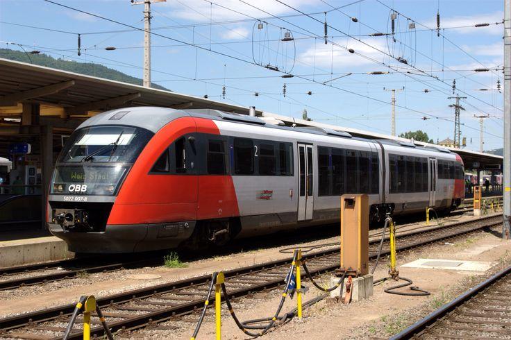 Siemens Desiro train in Graz, Austria