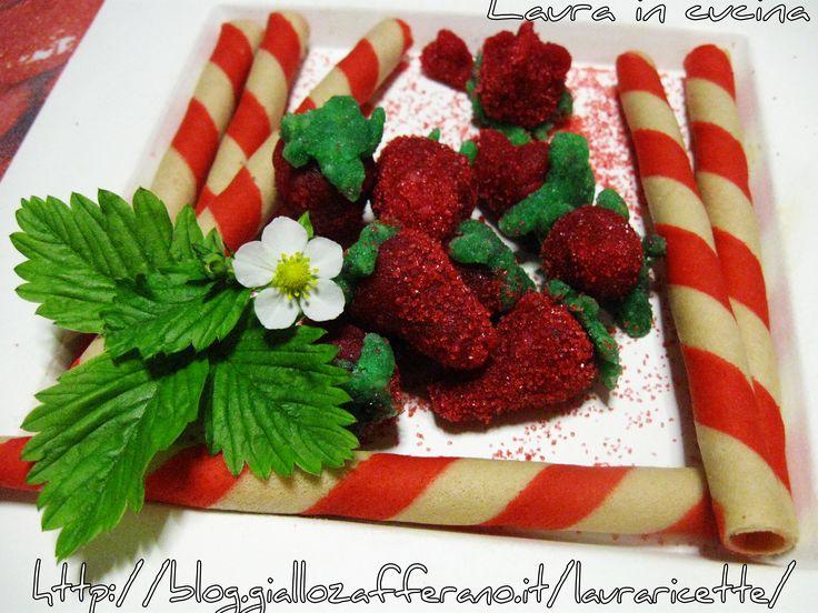 Fragole+di+marzapane+,ricetta+dolci