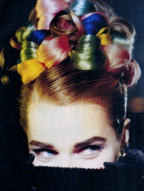 """Pulls Technicolor"", ELLE France, December 1991 Photographer : Christophe Gstalder Model : Rebbeca Romijn"