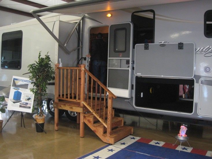 Rv Patio Ideas 24 | Camper steps, Wooden staircases