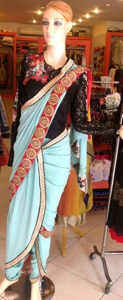 #dhoti#saree#slim#lace#blouse#black#flower#