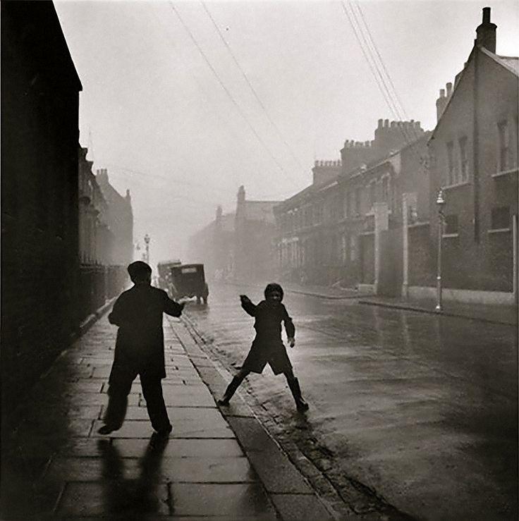 David Moore - Pimlico Street, Winter, London, 1952