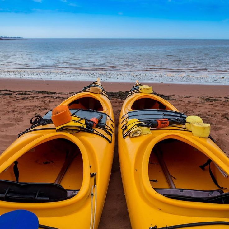 Go #kayak is a perfect #summer #outdoor #activity on #PEI. This #picture was shot during our last #peiphotographytour by @wpmaundphotography. #Canada #canada🇨🇦 #truepei #princeedwardisland #peipei #vacation #vacations #kayaking #vacationtime