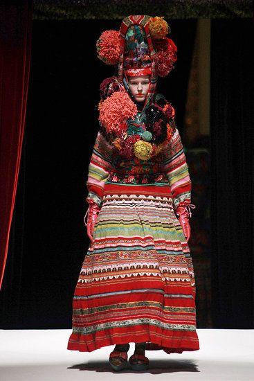 Kenzo: Spring 2011 Paris Fashion Week