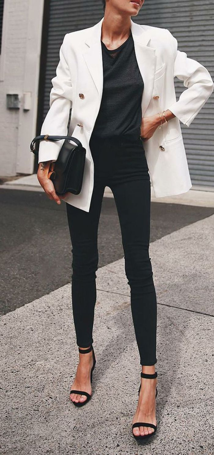 1 piece, 5 looks: white blazer