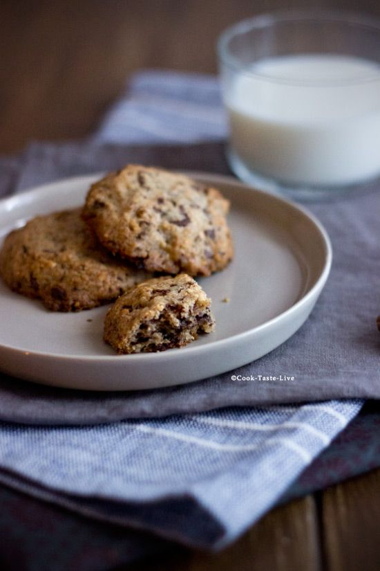 Μπισκότα με φυστικοβούτυρο και σοκολάτα