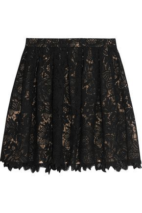 JOIE WOMAN MERAY GUIPURE LACE MINI SKIRT BLACK. #joie #cloth #