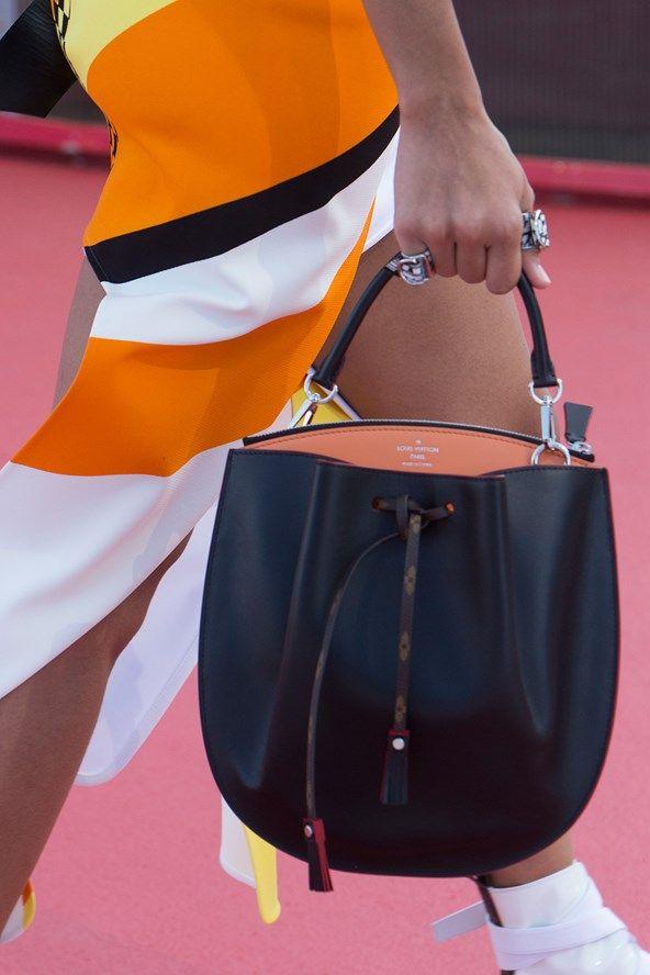 Louis Vuitton - Pre Spring/Summer 2017 Ready-To-Wear