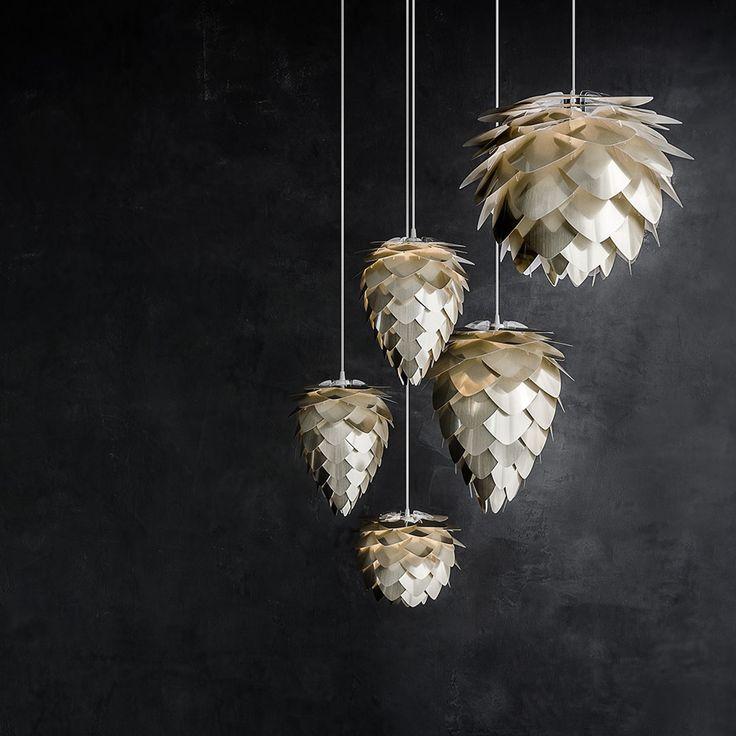 Conia pendel fra Vita, designet av Ravn Christensen. En tøff og annerledes lampe som garantert blir ...