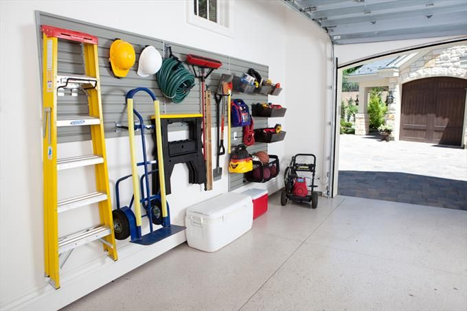 Transitional Closet & Storage Photo by Flowwall - Homeclick Community