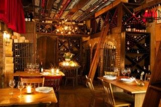 http://mekan.com/mekan-listesi/sevgililer-gununde-etilerde-gidebileceginiz-10-restoran