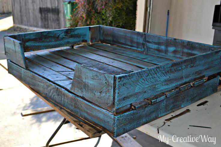 The 25 best dog bed pallets ideas on pinterest diy dog for Diy dog beds out of pallets