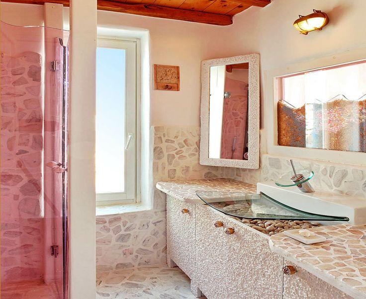 Urania Villa Bathroom