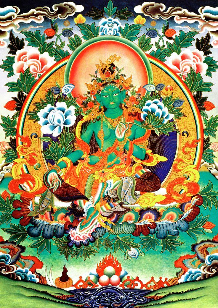 Grøn Tara,  også kaldet Visdommens Moder eller Moder Jord. Hun siges at stamme fra Chenrezig tårer, (Chenrezig is the Buddha of Compassion) da han brast i gråd over verdens elendighed.  Den grønne Tara opstod af tårerne for at hjælpe. Hun vil være på jorden og i universet, indtil alle levende væsner er oplyste. Den Grønne Tara hjælper dig og er klar til at springe til ved alle kriser m.m. Hendes grønne farve symboliserer ungdomens kraft og styrke.  Den Grønne Tara er gudinde for handling.
