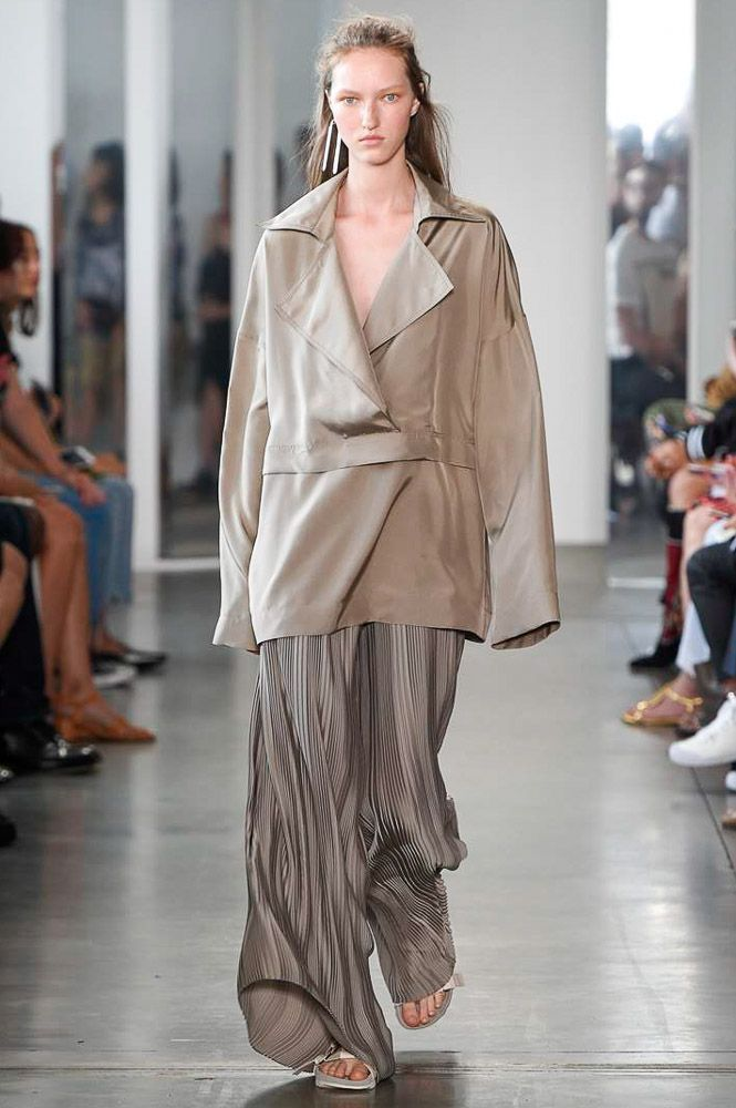 Dion Lee New York Spring/Summer 2017 Ready-To-Wear Collection