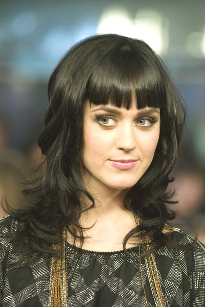 Katy Perry- love the feel of this retro bang
