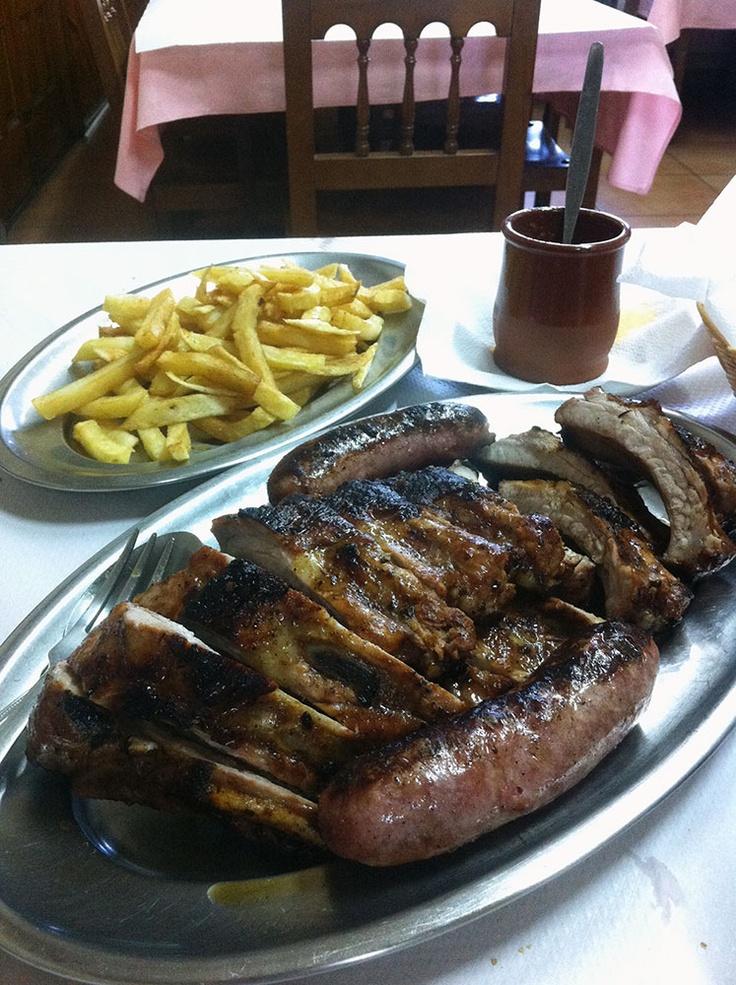 Churrasco de porco (menú do día). Restaurante Chaussy II, Mesón do Vento