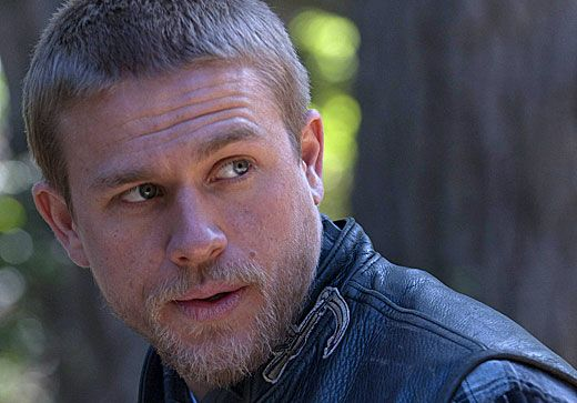Badboys Deluxe Charlie Hunnam: 'Sons Of Anarchy' Season 4 Pics: Jax's New Haircut And