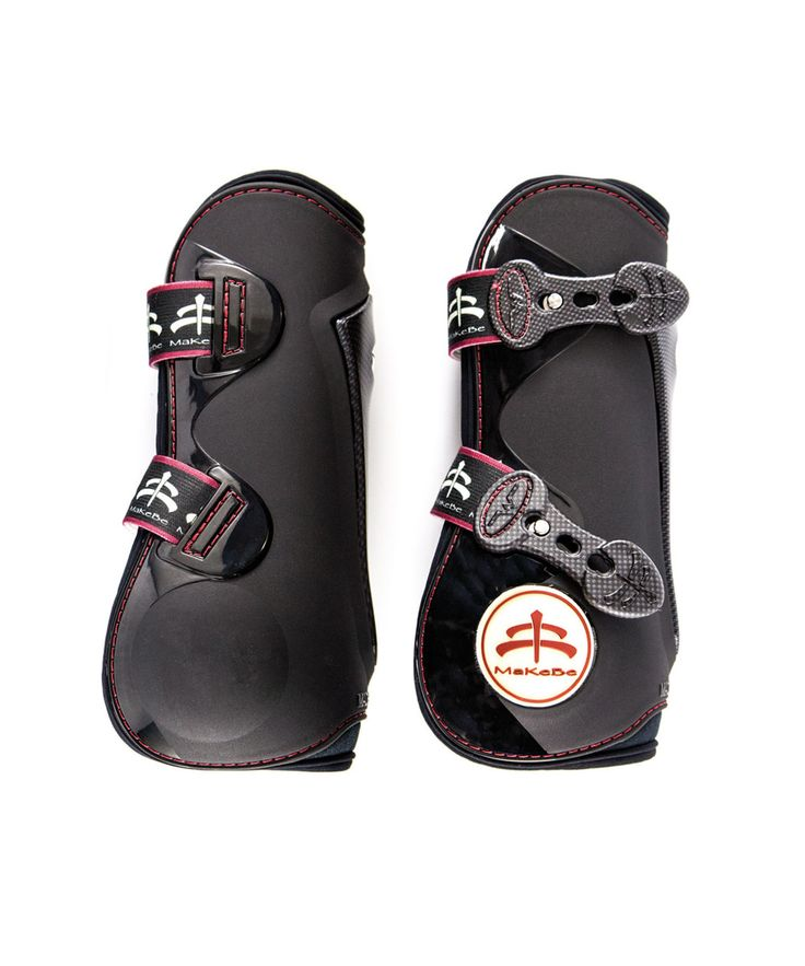 Tendon Boots Carbon Look Temple with breathable and protection system are characterized by a central insert interchangeable.