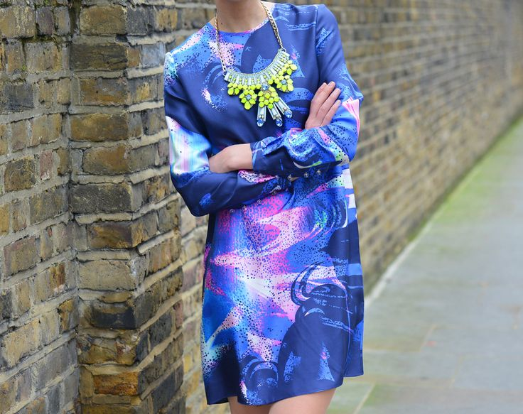 Matthew Williamson PS15 Marble Rainbow Silk Shift Dress with neon yellow  Cluster Jewel Necklace