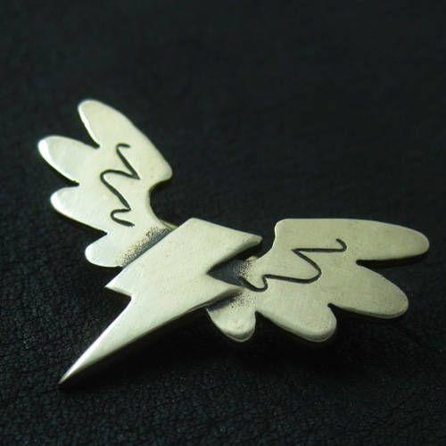 Bronze Wonderbolts pin