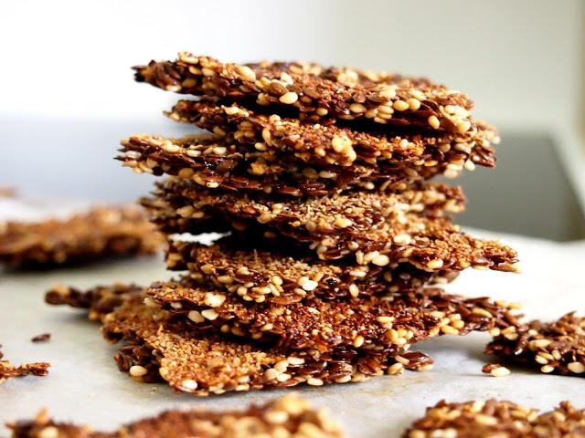 homemade sesame flaxseed crackers