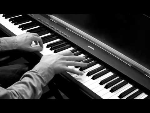 Adele - Skyfall - Piano