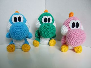 My Son Would Love This. :) Time to make it.  Baby Dinosaurs by Beverley Arnold - free Ravelry download. ༺✿ƬⱤღ✿༻