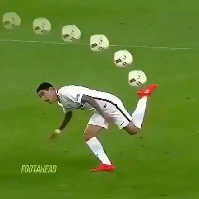 Amazing Skills Comp Which Was Your Favorite Skill Follow Futbalmovie Follow Futbalmovie En 2020 Flasque