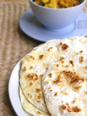 Chapati - cienkie placki pszenne z ciasta: Do potraw indyjskich i nie tylko. To, co o nich można jeszcze powiedzieć to to,...