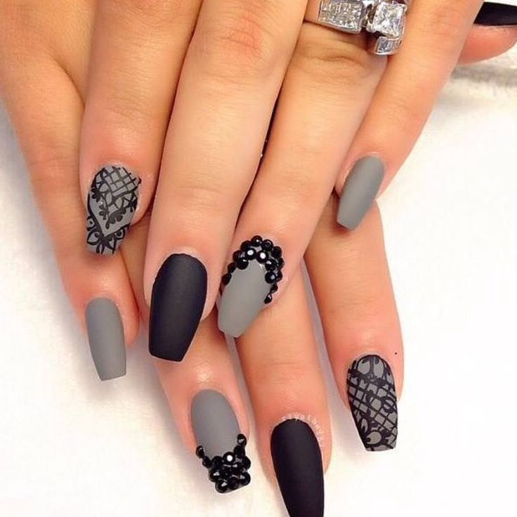 Huda Beauty Matte Black & Grey Nails