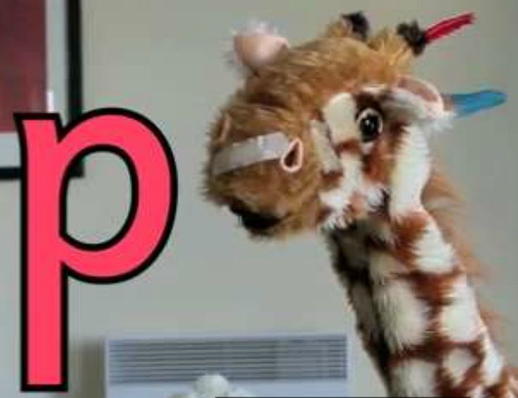 In this video, Geraldine the Giraffe finds things beginning with the letter p