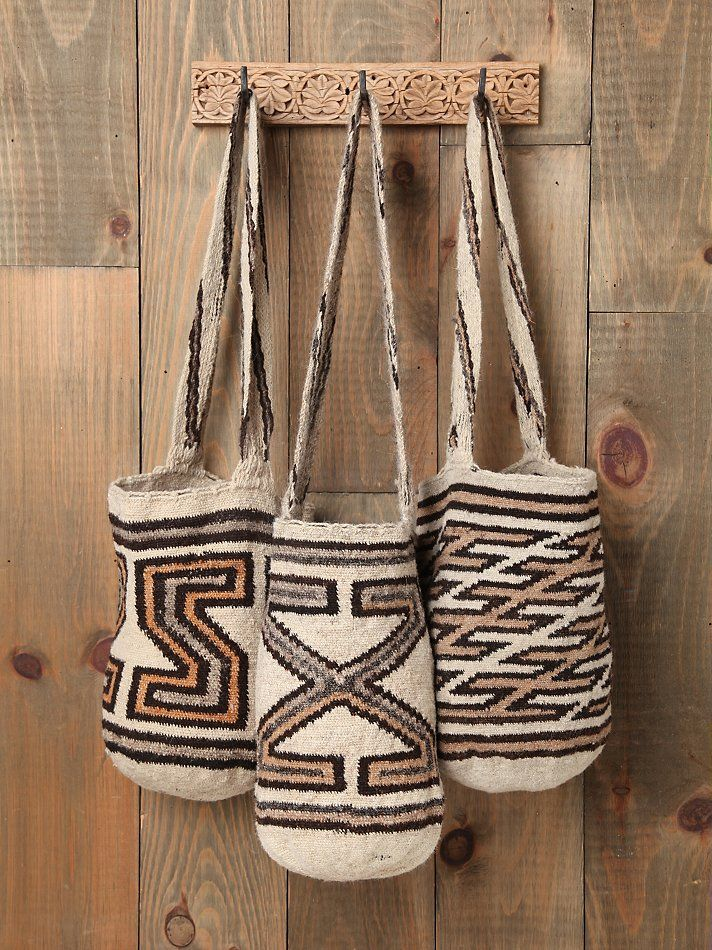 "♥ ""mochilas"" handmade by the wayu tribe of Colombia"