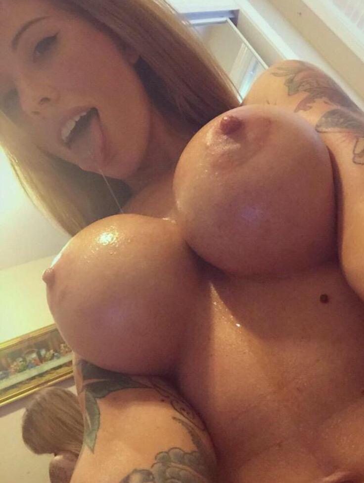 Dcuplover on Twittertwitter.com #bignipchicks #largeaeroles #brunette #bigboobs pic.twitter.com/4FXnvXF5fY