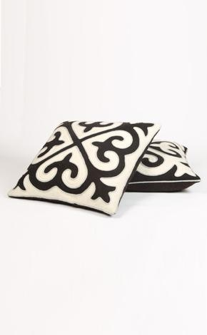 shyrdak pillows