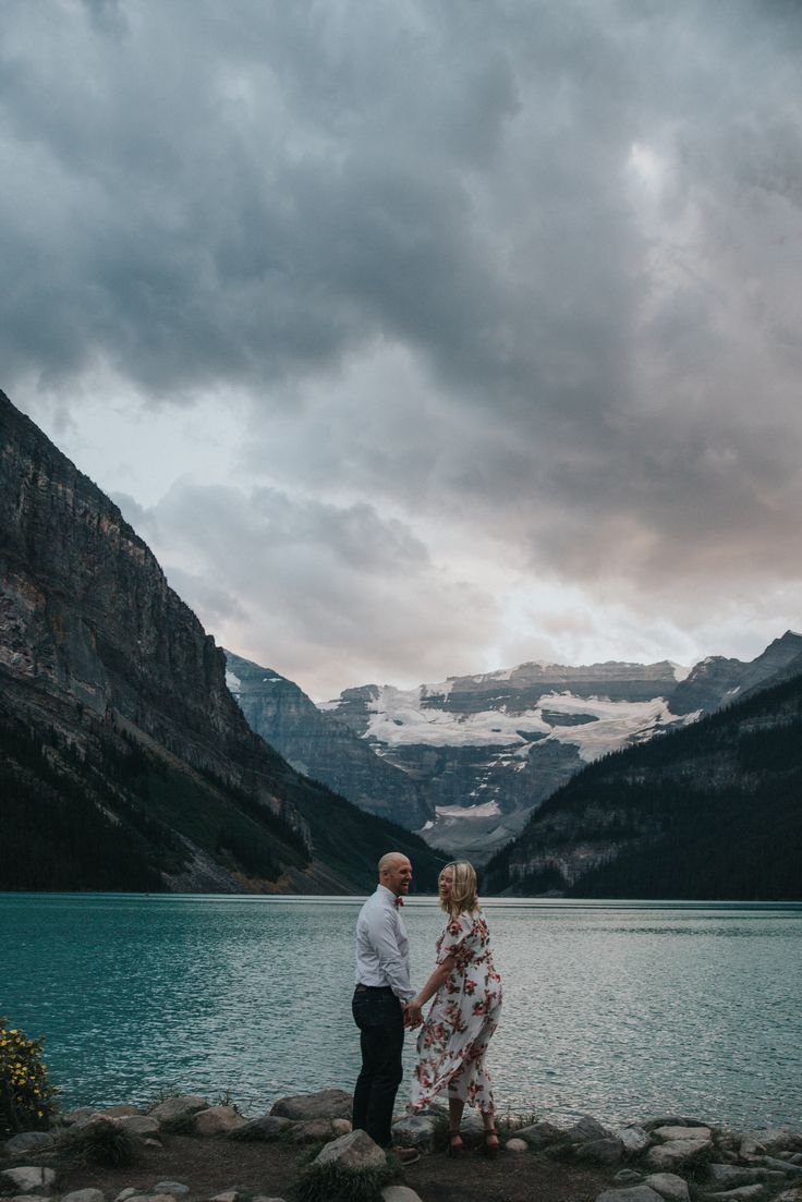 Lake Louise is absolutely gorgeous for engagement photos and weddings