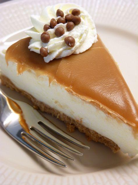 Cheesecake med mascarpone och kola. Läs mer på recept.com