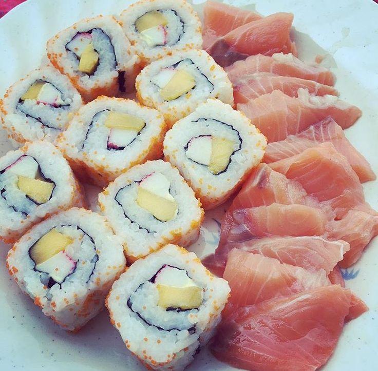 #californiamaki #maki #salmon #sushi #Japanese