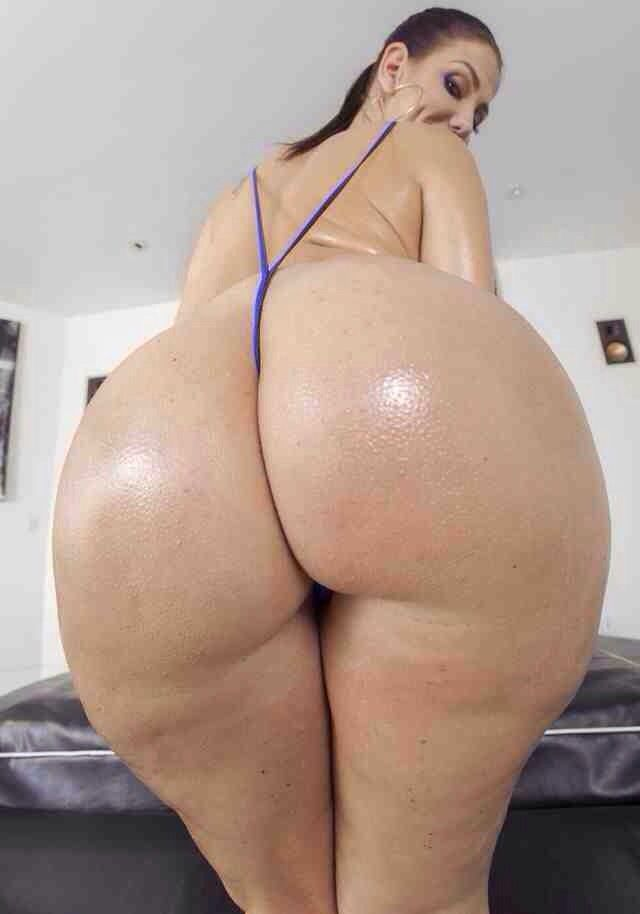 Fat white juicy ass