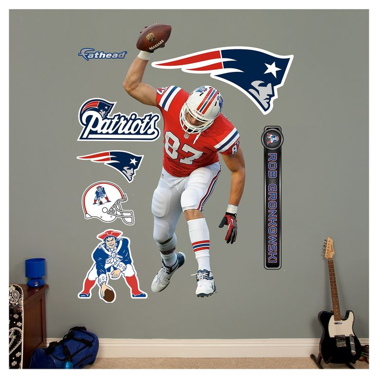 Best 25 new england bedroom ideas on pinterest new - New england patriots bedroom accessories ...
