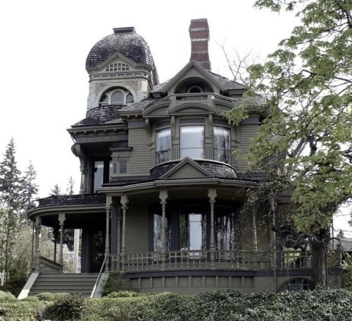 Gothic Victorian Home Love It Cool Houses In 2019 Pinterest Homes House And