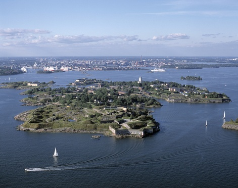 Suomenlinna fortress. Nowadays very peacefull, quiet and beautiful place.