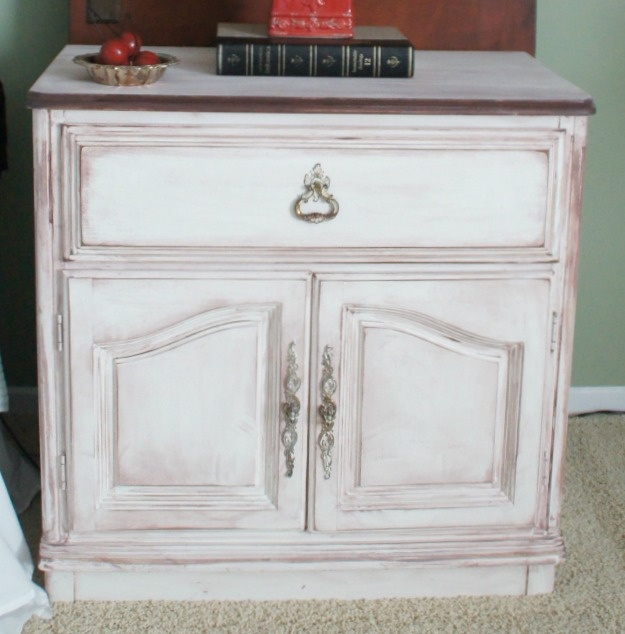 Night Stand Makeover: Lists Continuous, Crafts Ideas, Craftin Stuff, Antiques Night, Master Bedrooms, Fun Furniture, Diy Nightstand, Night Stands, Furniture Transformers
