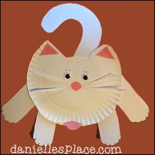 Hanging Around Paper Plate Cat Craft from www.daniellesplace.com - Patterns available for free on Danielle's Place. Click on the image to go to the website