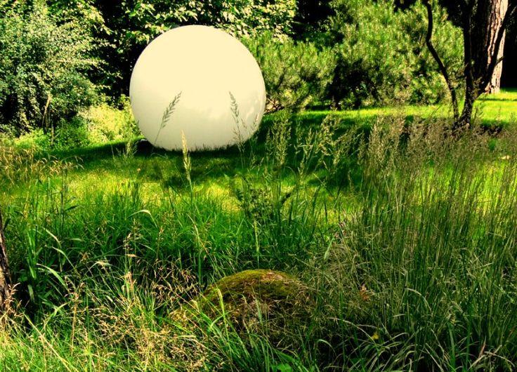 Садовый светильник - шар